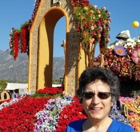 Armenian-Rose-Parade-Float-Brenda-Avadian - sm