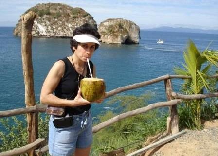 Brenda-Avadian-in-Mexico-Drinking-leche-de-Coca-fresca